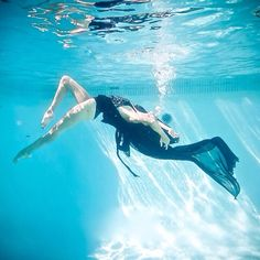 "A ""Behind the Scene"" Flipagram with music by Metric - Breathing Underwater Photos by Arash Mollemi for ACF magazine for Diane Kroe #travelfashion"