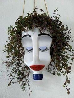 Give this bleach bottle planter googly eyes, and hang it in the window to prevent break ins. Make it out of bleach bottle use permament markers a hanging plant and a steing snd dirt your set This hanging planter made from a plastic jug cracks me up! Yard Art, Recycled Crafts, Diy And Crafts, Recycled Materials, Garden Projects, Craft Projects, Kids Garden Crafts, Bleach Bottle, Pot Jardin