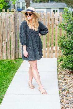 Acid-Wash Denim Dress and a Boater Hat for KC Homes & Style. | LSR Fashion Group, Only Fashion, Party Fashion, Fashion Beauty, Girl Fashion, Fashion Outfits, Boater Hat, Little Fashion, Instagram Outfits
