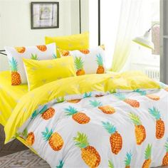 Twin size Pineapple print bedding set (4pcs) includes: 1x Duvet Cover: 155x200cm (61x79inches) 1x Flat Sheet: 180x230cm (70x91inches) 2x Pillowcase: 48x74cm (19x30inches) Queen size Pineapple print bedding set (4pcs) includes: 1x Duvet Cover: 200x230cm (79x91inches) 1x Flat Sheet: 230x250cm (91x98inches) 2x Pillowcase: 48x74cm (19x30inches) Duvet cover set (does not include comforter and filling) Cotton Reactive printing Weight: 4.4lbs (2kg)