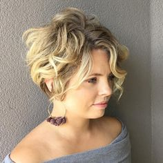 Messy Curly Blonde Pixie Bob