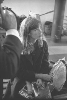 Françoise Hardy photographed by Georges Vermard.