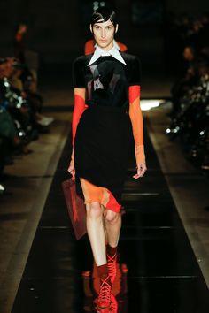 Givenchy Spring 2017 Ready-to-Wear Fashion Show - Renata Scheffer