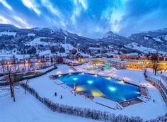 Holidays for relaxation, wellness, fitness and regeneration for health-conscious guests as well as adventure packages for the whole family in six thermal baths in SalzburgerLand! Wellness Hotel Salzburg, Banff National Park, National Parks, Alpine Spas, Ski Deals, Best Car Rental Deals, Kaiser Franz, Half Board, Hotel Packages