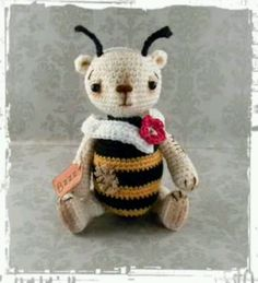 Bizzy/Thread Artist Bear/pinsandpawsprimitives/ebay