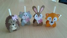 bunny and friends Kids Crafts, Easter Crafts, Diy And Crafts, Candy Crafts, Chocolate Bouquet, Candy Bouquet, Marianne Design, Chocolate Gifts, Animal Party