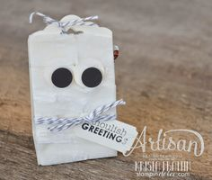 Stampin' Dolce: Trick or Treat creature using Stampin' Up! tag punch