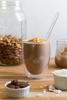 Almond smoothie + milkshake