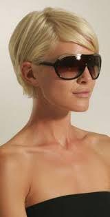 Afbeeldingsresultaat voor korte kapsels met bril