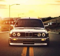 BMW E30 M3 grey sunset front stance