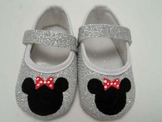 Minnie mouse baby shoes  a pair of hand painted by Snanimals, $18.00