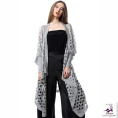 Купить или заказать Роскошный кардиган-пальто Серебряный вязаный безразмерный + 2 пояса в интернет-магазине на Ярмарке Мастеров. Очень…