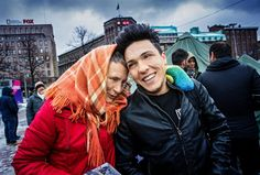 Sunniva Drake bedriver gerillaverksamhet för flyktingarnas rättigheter