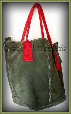 CATA - Cartera Bolso de Gamuza natural en color verde oliva con manijas en  cuero lima. Forrada 4a8537506bd7e