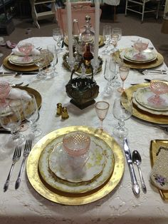 how to set a table with mismatched dishes - Google Search | Kitchen ...