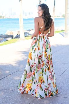 Get this pretty White and Orange Floral Maxi Dress from Saved by the Dress Boutique. This maxi dress features fabulous floral print with criss cross back detail! Maxi Wrap Dress, Floral Maxi Dress, Draped Dress, Dress Skirt, Casual Skirt Outfits, Casual Dresses, Bridesmaid Dresses, Prom Dresses, Summer Dresses