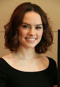 Daisy Ridley Nue