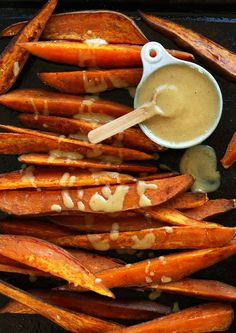 "30-minute roasted sweet potato wedges with ""no honey"" mustard dipping sauce! Vegan, gluten free and so delicious."