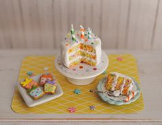 Hey, I found this really awesome Etsy listing at https://www.etsy.com/listing/218692216/miniature-birthday-confetti-cake-with