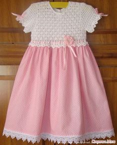"""Diy Crafts - Correo: Jackie PM - Outlook """"Little girl dresses crochet top"""", """"This post was discovered by M. Crochet Tutu Dress, Crochet Baby Dress Pattern, Crochet Baby Clothes, Crochet Toddler Dress, Crochet Fabric, Kids Crochet, Knit Dress, Crochet Patterns, Cute Girl Dresses"""