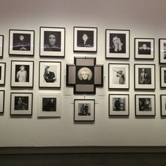 A wall of portraits at the Robert Mapplethorpe retro at the Grand Palais. Like the stacked display...