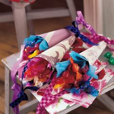Ste th on pinterest bonbon christmas gift wrapping and - Idee paquet bonbon pour anniversaire ...