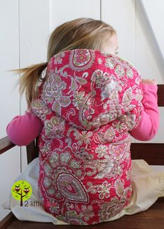FREE Hooded Vest pattern and tutorial (size 2/3T)