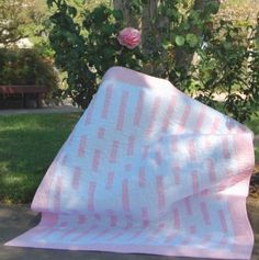 Easy Baby Quilt Patterns – Choose One For Your Baby http://quilting.myfavoritecraft.org/easy-baby-quilt-patterns/