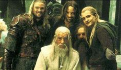 Lord of the Rings : Eomer (Karl Urban), Gandalf (Ian McKellen), Aragorn (Viggo Mortensen), Gimli (John Rhys-Davies), Legolas (Orlando Bloom) Legolas, Frodo Bolsón, Aragorn, Thranduil, Gandalf, Arwen, Fellowship Of The Ring, Lord Of The Rings, Lord Rings