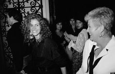 Julia Roberts and her mother in July 1989.