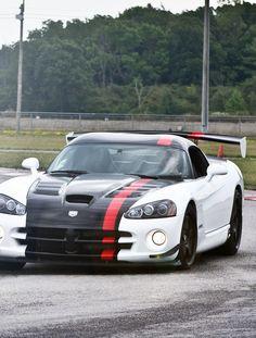 Dodge Viper ACR