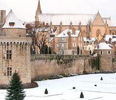 Château de Vannes sous la neige - Golfe du Morbihan (56) France