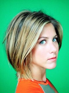 Jennifer Aniston from Friends Season 7 - angled bob with wispy pieces