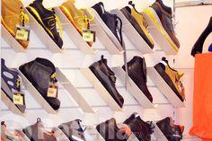 Buon inizio settimana a tutti! Il meglio delle scarpe antinfortunistiche le trovi solo da Patella. Scegli tra la nostra vasta gamma di prodotti, il meglio per la tua protezione sul lavoro. Venite a trovarci! Vi aspettiamo in via Gravina 220 - Altamura
