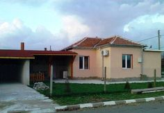 Select Properties Bulgaria offers a newly built property for sale in the village of Tserovski, located 15 km from Karnobat town and about50 km away from the city of Bourgas, Black sea cost and International airport. The distance to the highway Sofia – Bourgas is 10km away