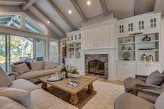 I've been in this home. It's luscious. Every inch of it was dreamy. Sold for nearly $1 mil. 2014 Fall Parade of Homes   Alturas Homes