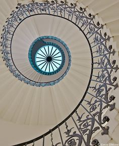 Tulip staircase, Queen's House, Greenwich....I betcha she takes the elevator!!!!
