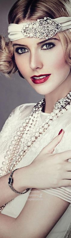 Pearls and red lipstick♡♡♡♡♡