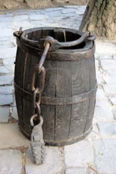 wooden barrel for a well