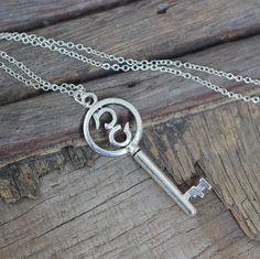 4$ key necklace