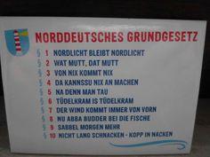 """Norddeutsches Grundgesetz 11. Die Antwort auf """"Moin Moin"""" ist """"Moin""""!"""