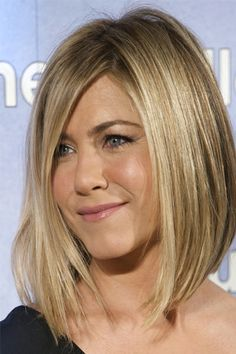 THE SECRETS BEHIND HOLLYWOOD'S BEST HAIR - Jennifer Aniston