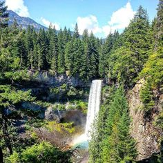 We saw a sign for waterfalls while driving from Vancouver to Whistler and decided to stop. It was a quick walk from the parking area. Brandywine Falls is 230ft tall and was formed by lava flows.  August 2013  #waterfalls #bc #canada #brandywinefalls #travel #traveling #instatravel #throwback #igtravel #roadtrip