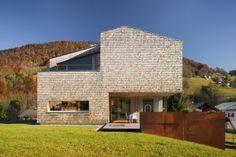 HALLER HOUSE – nietypowy dach dwuspadowy