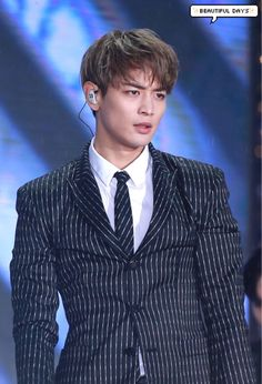 minho being serious is the one of most beautiful thing on the planet Choi Min Ho, Lee Min Ho, Taemin, Shinee Minho, Incheon, K Pop, Kdrama, Shinee Members, Song Joong