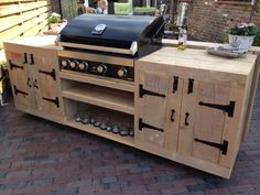 Outdoor Barbeque Area, Outdoor Grill Station, Outdoor Kitchen Plans, Outdoor Kitchen Design, Outdoor Cooking, Backyard Bar, Backyard Kitchen, Backyard Patio Designs, Backyard Creations