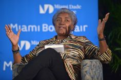 Donna Brazile scorches Bannon with hellacious one-liner that will light all of his shirts on fire