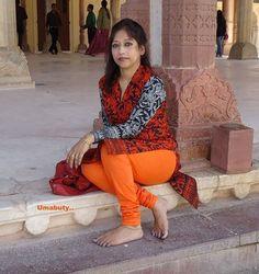 Skin Colored Leggings, Kolkata, Pune, Hyderabad, Chennai, Mumbai, Indian Girls Images, Beautiful Girl Indian, Beautiful Women