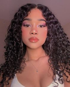 Para when cacheadas at the crespas, dormir sem desmanchar os in this handset cachos parece Cute Makeup, Beauty Makeup, Makeup Looks, Hair Makeup, Hair Beauty, Photo Hacks, Curly Hair Styles, Natural Hair Styles, Baddie Hairstyles