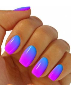 Charming Color Beautiful Nail Art